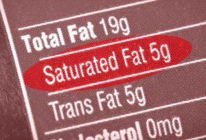 どちらがより多く飽和脂肪を含んでいるのか?